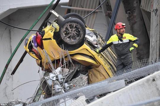 Cầu cao tốc ở Ý sập do phớt lờ cảnh báo? - Ảnh 8.