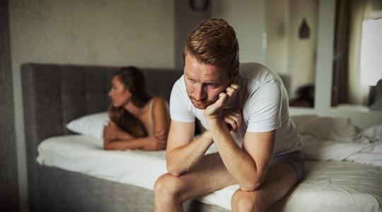 Tại sao một số người cảm thấy buồn sau quan hệ tình dục? - Ảnh 1.