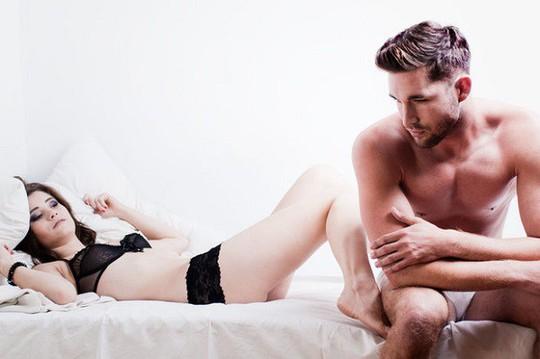 Tại sao một số người cảm thấy buồn sau quan hệ tình dục? - Ảnh 2.