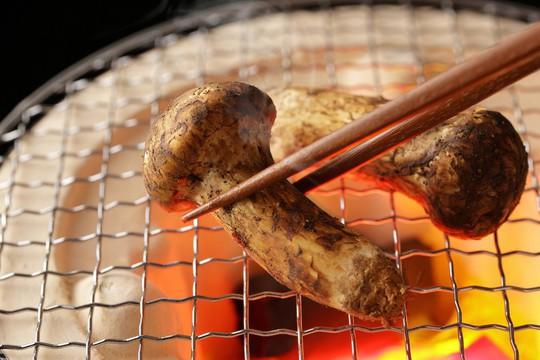 9 đặc sản nên thưởng thức khi đến Nhật mùa thu - Ảnh 2.