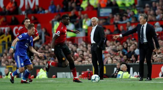 Căng thẳng tồi tệ bùng nổ giữa Mourinho và Pogba - Ảnh 1.
