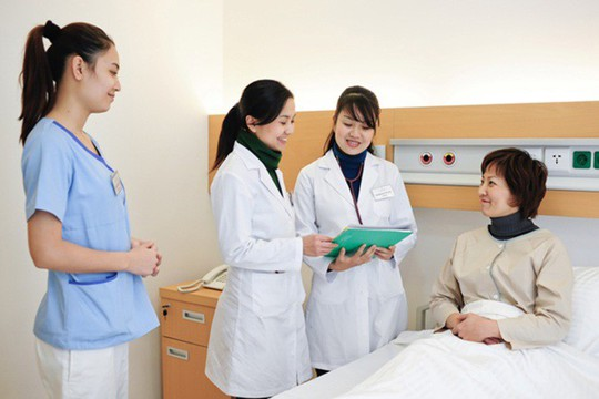 Nhật Bản đánh giá cao kỹ năng nghề của điều dưỡng Việt Nam - Ảnh 1.