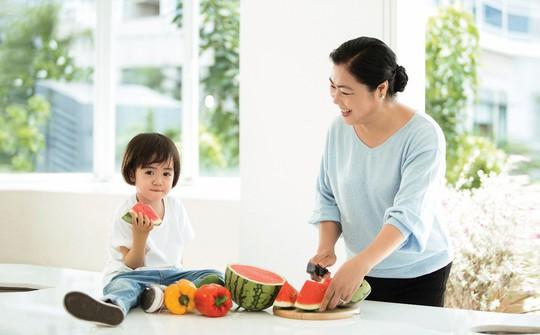 """""""Món quà"""" sức khỏe trao tặng cha mẹ dịp Vu lan - Ảnh 1."""