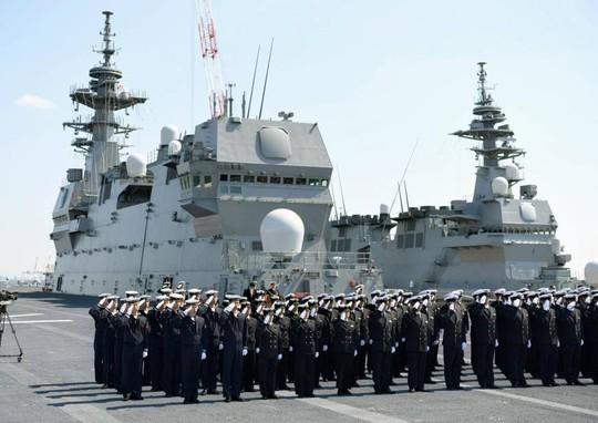 Nhật Bản triển khai 3 chiến hạm đến biển Đông - Ảnh 1.