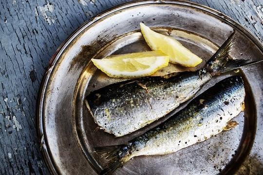 Những thực phẩm dễ gây sỏi thận nếu ăn quá nhiều - Ảnh 2.