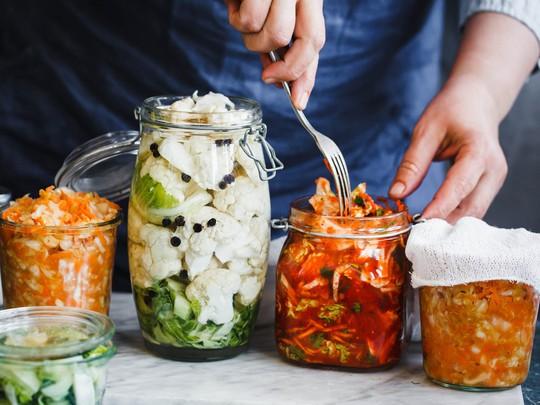 10 mẹo vặt hữu ích siêu đơn giản dành cho người làm bếp - Ảnh 4.
