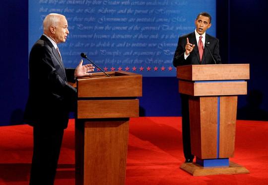Ông John McCain muốn đối thủ đọc điếu văn tại đám tang mình - Ảnh 3.