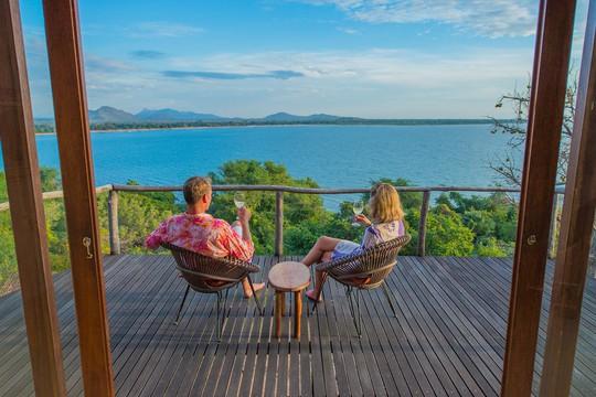 10 khu nghỉ dưỡng ven hồ tuyệt vời - Ảnh 7.