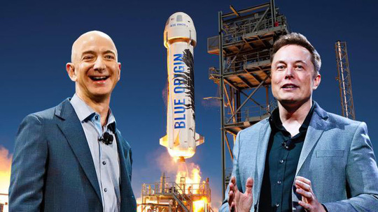Hai tỉ phủ Jeff Bezos (trái) và Elon Musk (phải) đang trong cuộc đua vào vũ trụ. Ảnh: BLUE ORIGIN