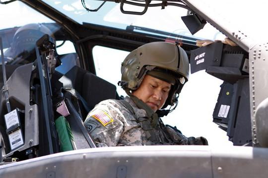 Tướng gốc Việt đầu tiên chỉ huy quân đội Mỹ tại Nhật Bản - Ảnh 2.