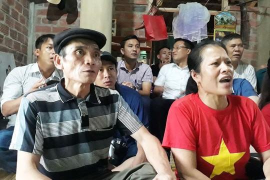 Bố thủ môn Bùi Tiến Dũng: Olympic Việt Nam đã chiến thắng trong lòng người hâm mộ - Ảnh 1.