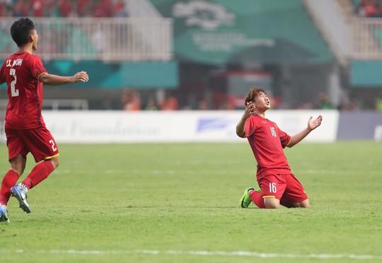 Olympic Việt Nam - Hàn Quốc 1-3: An ủi với siêu phẩm của Minh Vương - Ảnh 8.