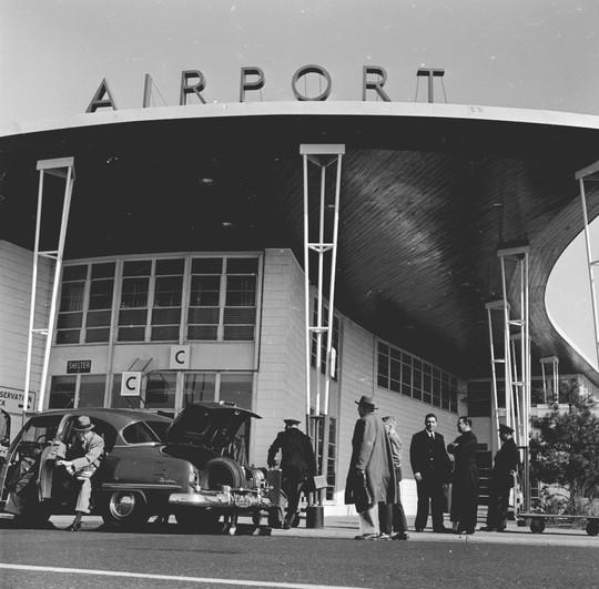 Dịch vụ hàng không xưa và nay khác nhau như thế nào? - Ảnh 2.