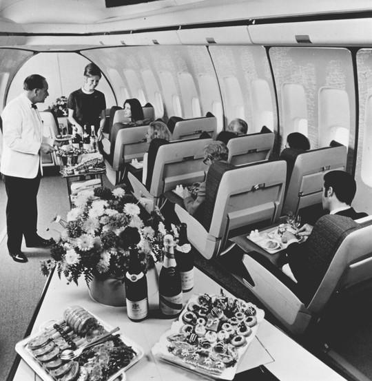 Dịch vụ hàng không xưa và nay khác nhau như thế nào? - Ảnh 20.