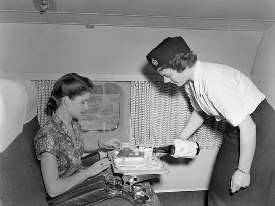 Dịch vụ hàng không xưa và nay khác nhau như thế nào? - Ảnh 23.