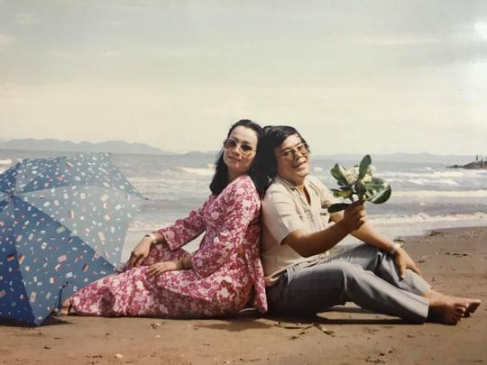Cầu nguyện cho chồng, vợ NSƯT Giang Châu xuống tóc quy y - Ảnh 3.