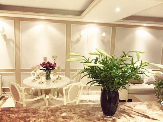 Ngắm không gian sống của 3 hoa hậu nổi tiếng nhất showbiz Việt - Ảnh 2.