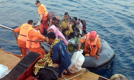Động đất Indonesia: Gần 100 người thiệt mạng - Ảnh 11.