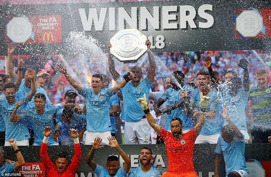 Aguero lập đại công, Man City đoạt Siêu cúp nước Anh - Ảnh 7.