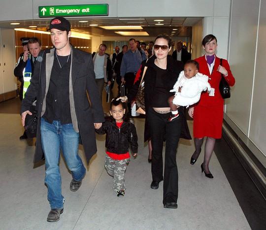 Maddox nhà Angelina Jolie đã tròn 17 tuổi, đẹp trai, lịch lãm - Ảnh 3.