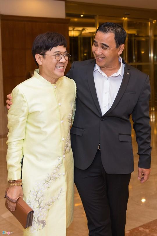 Sao Việt dự đám cưới con gái NSND Hồng Vân ở Sài Gòn - Ảnh 2.