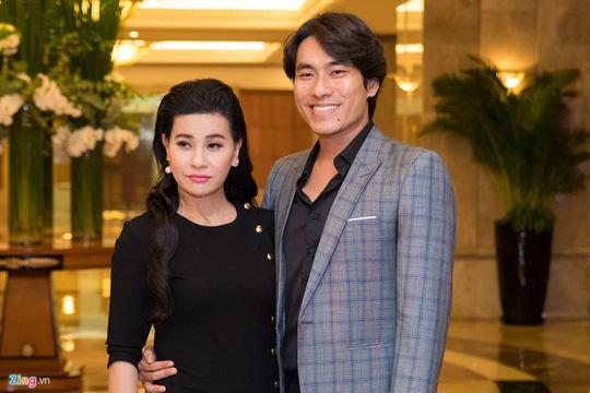 Sao Việt dự đám cưới con gái NSND Hồng Vân ở Sài Gòn - Ảnh 15.