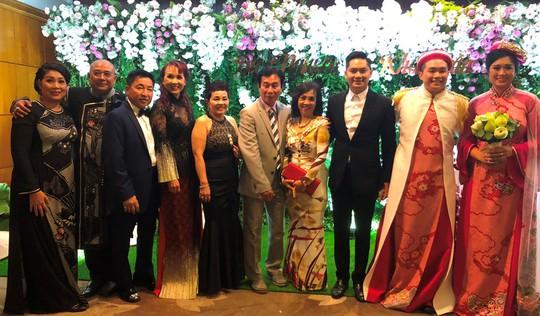 Sao Việt dự đám cưới con gái NSND Hồng Vân ở Sài Gòn - Ảnh 20.