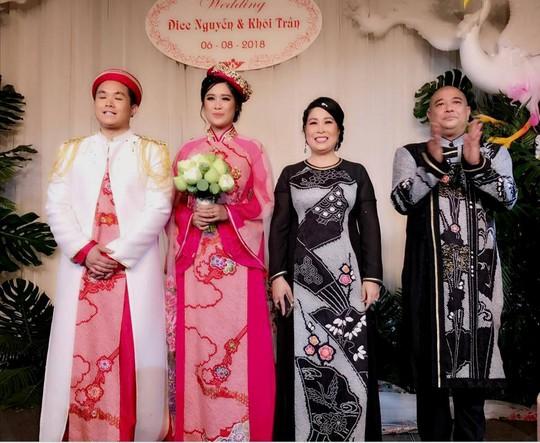 Sao Việt dự đám cưới con gái NSND Hồng Vân ở Sài Gòn - Ảnh 21.