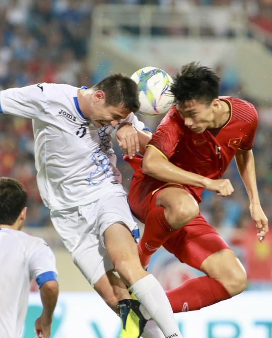 Tuyệt phẩm của Văn Đức giúp Olympic Việt Nam vô địch với thành tích bất bại - Ảnh 3.