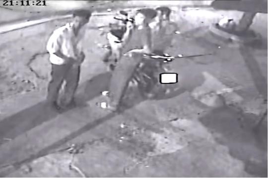 Hình ảnh rõ nét 1 trong 2 kẻ giết tài xế Grab, cướp xe - Ảnh 2.