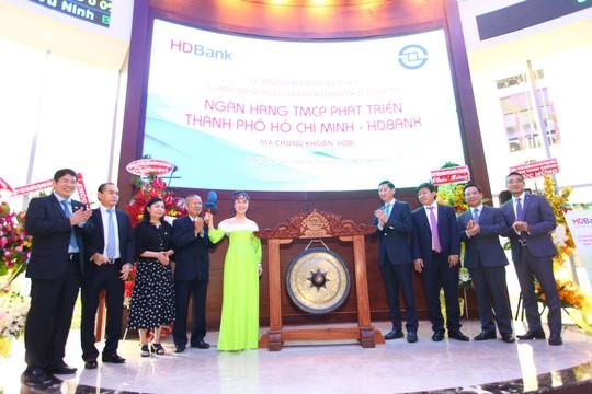 HDBank được vinh danh Doanh nghiệp có chiến lược M&A tiêu biểu nhất của thập kỷ - Ảnh 2.