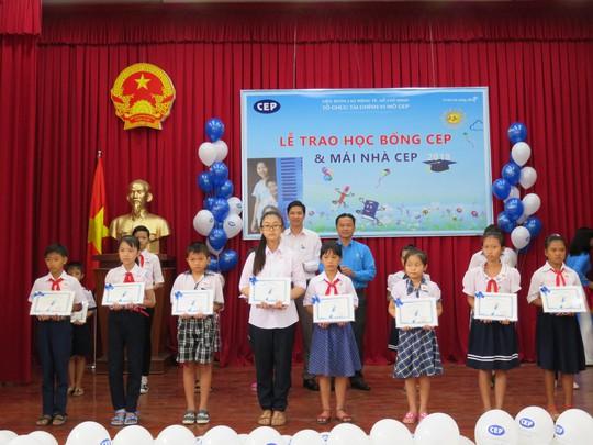 CEP Đồng Tháp hỗ trợ thành viên khó khăn - Ảnh 1.