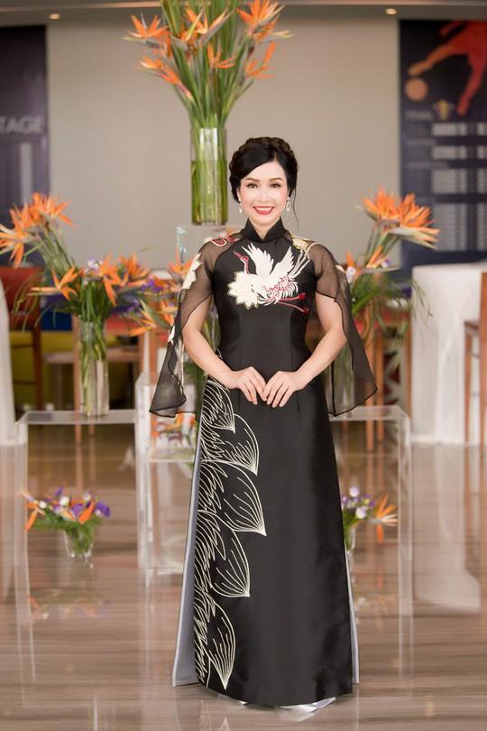 Hội tụ biểu tượng nhan sắc hoa hậu 30 năm qua - Ảnh 2.