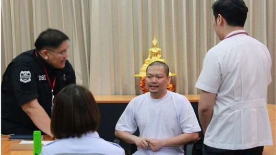 Bị kết án 114 năm, cựu nhà sư đại gia Thái Lan chỉ ở tù 20 năm - Ảnh 2.