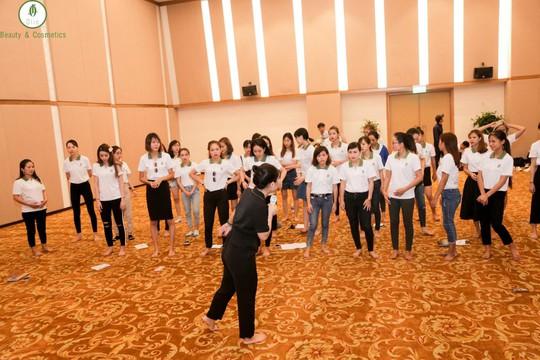 Cháy hết mình tại sự kiện Hội tụ thủ lĩnh OLIC ở Đà Nẵng - Ảnh 3.