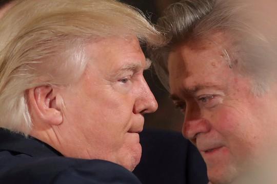 """Ông Bannon: """"Tổng thống Donald Trump đang đối mặt đảo chính"""" - Ảnh 1."""