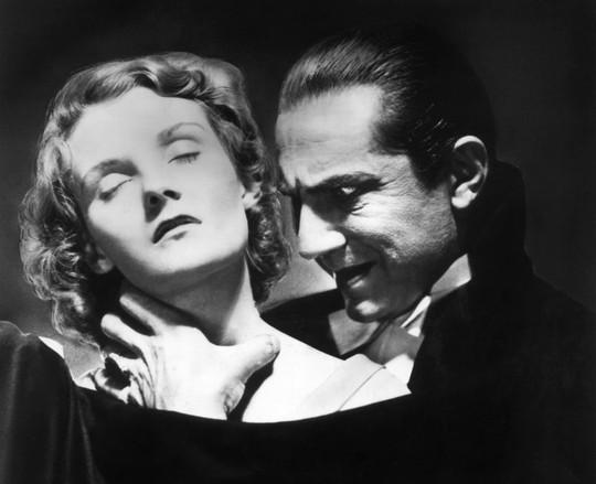 Kinh dị phương pháp đẩy lùi ung thư, bệnh tim kiểu…Dracula - Ảnh 1.
