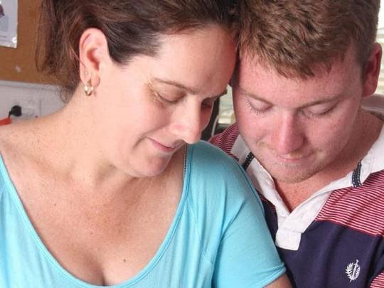 Úc: Người chồng trẻ ra tay giết vợ và 3 con - Ảnh 1.