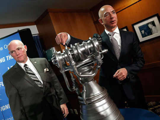 Giàu nhất thế giới, Jeff Bezos vẫn rửa bát sau mỗi bữa tối - Ảnh 13.