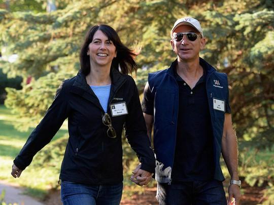 Giàu nhất thế giới, Jeff Bezos vẫn rửa bát sau mỗi bữa tối - Ảnh 10.
