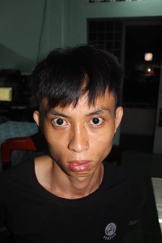 Thu hồi thêm 730 triệu đồng trong vụ cướp ngân hàng ở Khánh Hòa - Ảnh 2.