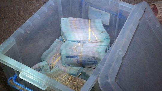 Thu hồi thêm 730 triệu đồng trong vụ cướp ngân hàng ở Khánh Hòa - Ảnh 4.