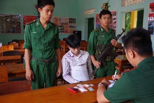 Bình Thuận: Bắt quả tang 1 người mang 400 tép ma túy đá - Ảnh 1.