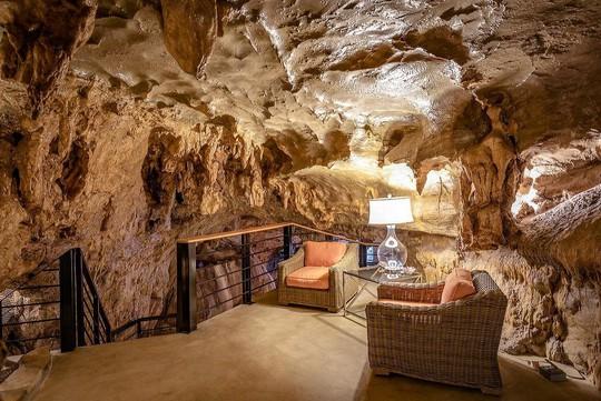 Khám phá ngôi nhà trong hang dành cho các triệu phú USD - Ảnh 7.