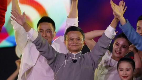 Phía sau quyết định từ bỏ ánh hào quang của Jack Ma - Ảnh 1.