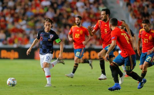 Á quân thế giới Croatia thua thảmTây Ban Nha tại Nations League - Ảnh 5.
