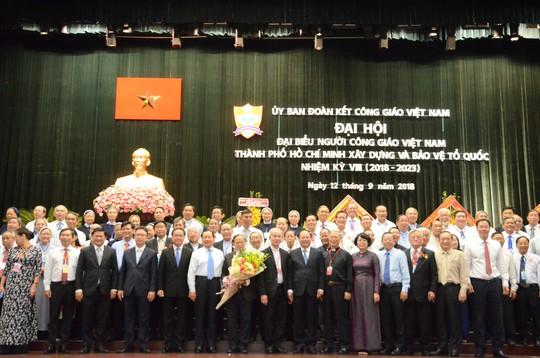 Linh mục Phan Khắc Từ tái đắc cử Chủ tịch Uỷ ban Đoàn kết Công giáo Việt Nam TP HCM - Ảnh 2.