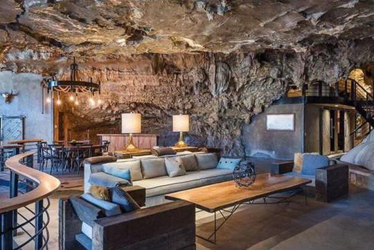 Choáng váng trước căn hộ nằm giữa lòng hang động - Ảnh 9.