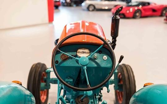 Máy kéo Lamborghini rao bán 19.500 USD - Ảnh 3.