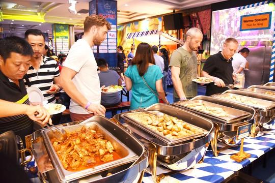 Lễ hội văn hóa và ẩm thực Đức tại Windsor Plaza - Ảnh 4.